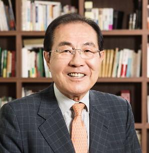 월례조회에서 정부와 여성 비하 동영상 상영한 윤동한 한국콜마 회장은 누구?