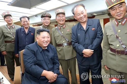 트럼프, 김정은 친서 내용 공개...8월말 북미 협상 성사되나