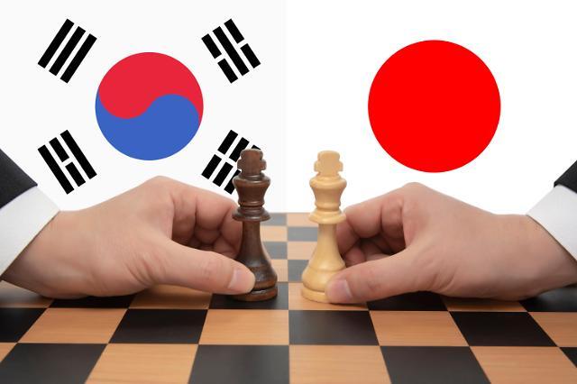 """""""미국은 일본 지지"""" 한일 갈등 속 美역할론 재부상"""