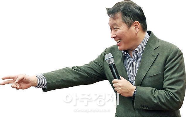[단독]최태원 SK 회장, 충칭에서 중국 최고위급 인사들과 만난다
