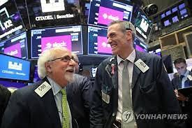 [글로벌 증시] 미중 협상단 대화 재개로 투자심리 소폭 회복...뉴욕증시 상승 다우 1.42%↑
