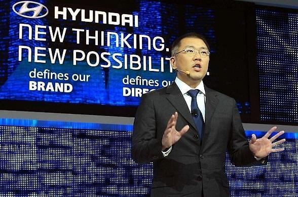 现代汽车副会长郑义宣履行约定... 创造700多个社会工作岗位