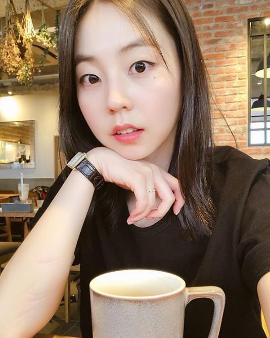 [슬라이드 #SNS★] 부산행 안소희, 이젠 성숙함이? 여배우 분위기가…
