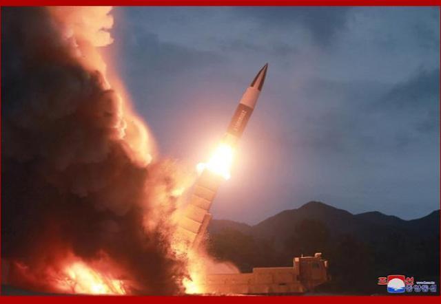 북한 미사일 또 발사... F-35A 등 국방중기계획 불만 드러내