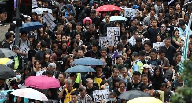 홍콩 시위 18일 최대 분수령 되나?