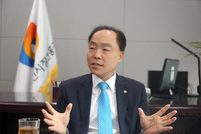 """[아주초대석] """"600만 소상공인·1450개 전통시장 변화 지켜봐달라"""""""