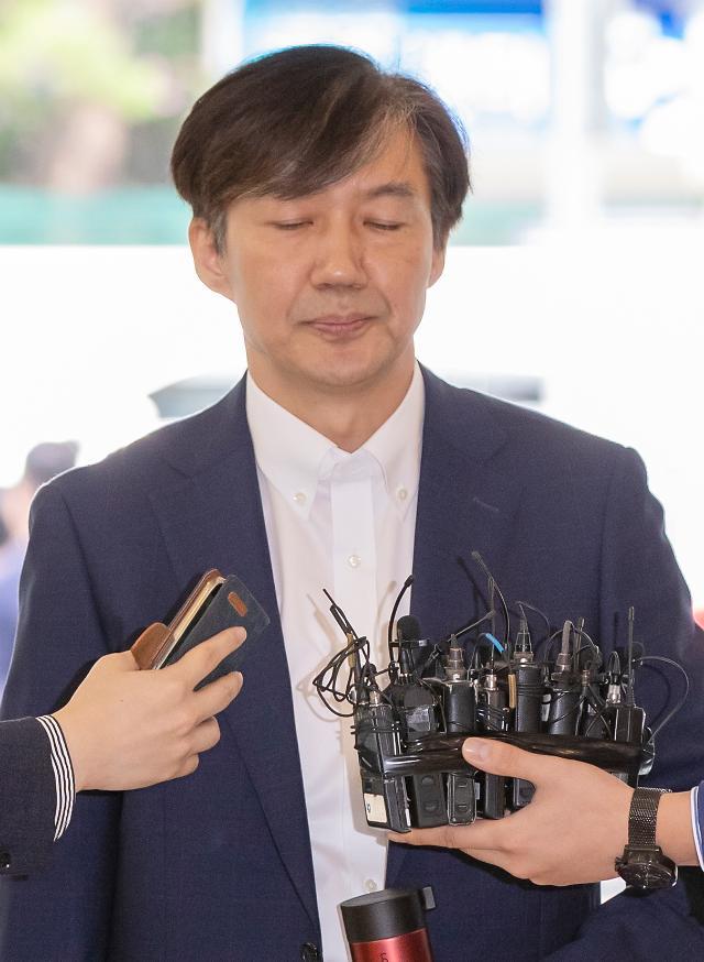 """野 인청 9월 초까지 연장 주장에 靑 """"이달 내 마무리"""""""