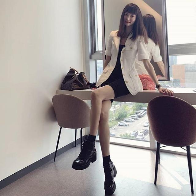 [슬라이드 #SNS★] 송경아, 이것이 모델이다! 9등신의 표본 몸매