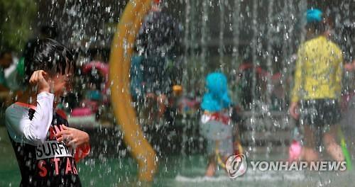 서울·경기·충청 등 낮 기온 33도 이상…폭염특보