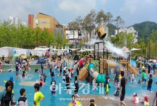 성남시, 시민들 인기끌던 23곳 물놀이장 폐장