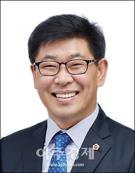 충남도의회 오인철 의원, '日 전범기업 제품 공공구매 제한 조례안' 대표발의