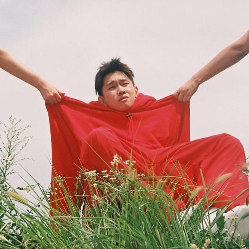 Singer-songwriter Crush to release new bossa nova-based song next week