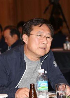 김기문 중기중앙회장, 사전선거운동 혐의 불구속 기소