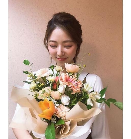 [슬라이드 #SNS★] 박지원 아나운서 누구길래…일상보니 여신미모