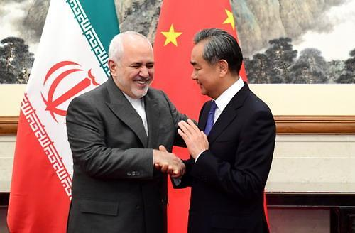 中 찾은 이란 외무장관...중국·이란 '밀착 행보'로 美 견제