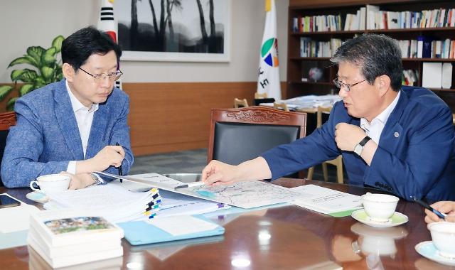 이선두 의령군수, 김경수 지사 만나 주요현안 지원 요청
