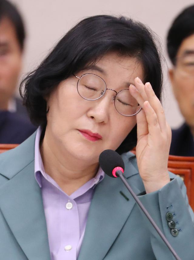 """여가부 청문회도 자녀입시 특혜 불똥 …李 """"물의 일으켜 송구"""""""