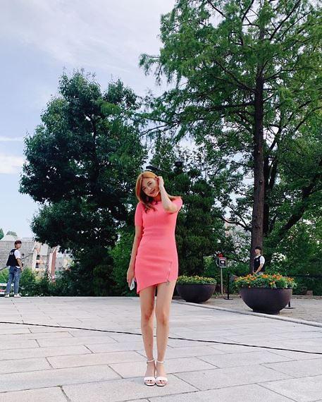 """[슬라이드 #SNS★] 하영 9등신비율+상큼미 """"미모 물 올랐다"""" #놀라운토요일 #도레미마켓"""