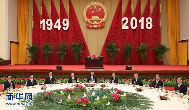 관세전쟁 재개·홍콩사태 격화…혼돈의 중국 어디로
