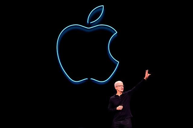 美-中 관세 전쟁 최대 피해자는 애플?... 에어팟·애플워치 줄줄이 가격 오르나