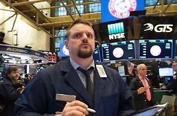 .[环球股市] 美中强行追加征收关税措施...纽约股市下跌收盘道琼斯1.08%下跌.