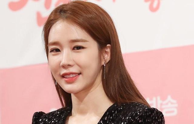 刘寅娜张根硕粉丝向听障儿童各捐3000万韩元