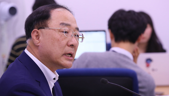 """[日本将韩国移出""""白色清单""""]政府全力应对最小化风险"""