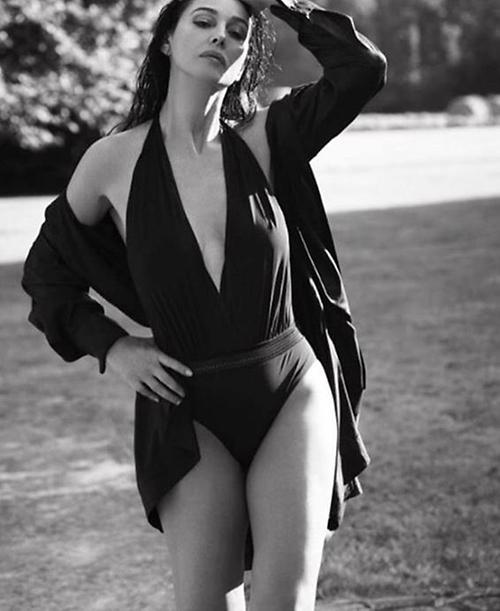 '007 스펙터' 모니카 벨루치, 나이 비켜간 고혹+섹시美