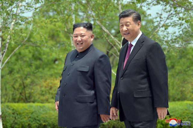 朝媒称习近平就朝鲜国庆71周年向金正恩致贺电