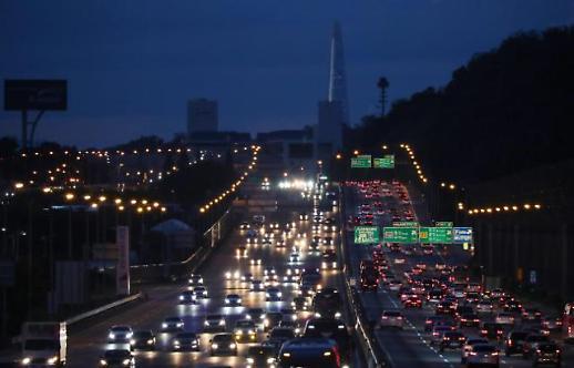 首尔市延长中秋节地铁公交车运行时间