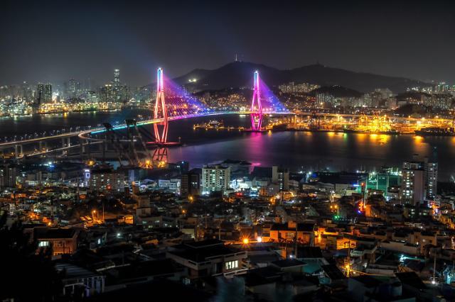 노후 아파트 밀집한 부산 지역, 새 아파트 관심