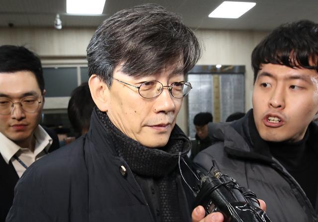 """손석희 JTBC 앵커, 정경심 교수 SNS 여론전 발언 논란…""""왜곡된 비판 사례"""""""