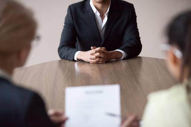 调查:韩国逾三成大企业缩减招聘规模