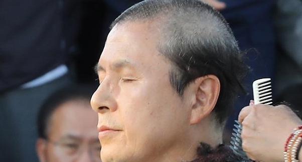 황교안 삭발 투쟁…커지는 反조국 연대
