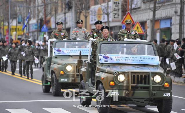 평화지역 화천, 군부대 페스티벌 열기로 '후끈'