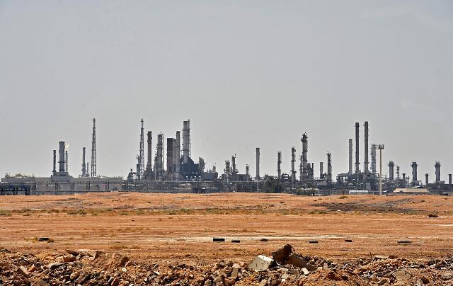 [이수완의 월드비전] 드론쇼크에 오일쇼크…기름 유탄맞은 한국경제