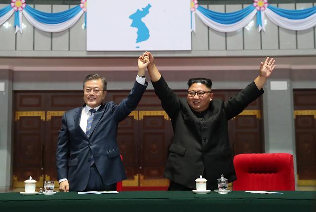 [평양 정상회담 1년] 南北도 韓日도 시계제로…文대통령 촉진자 역할론 시험대