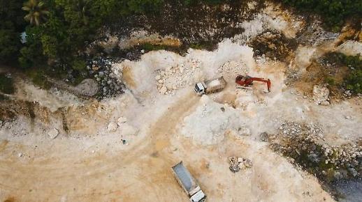 [NNA] 필리핀, 소규모 광산업자에 6개 광산 신규 채굴 허가 검토