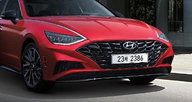 .Hyundai releases turbocharged version of middle-sized sedan Sonata.