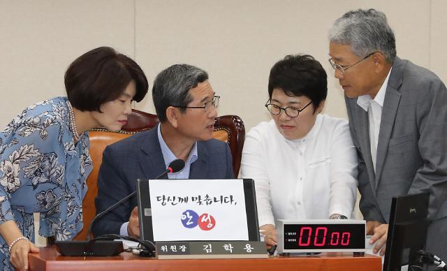 국회 환노위, 내달 2일부터 국감 시작…증인·참고인 명단은(종합)