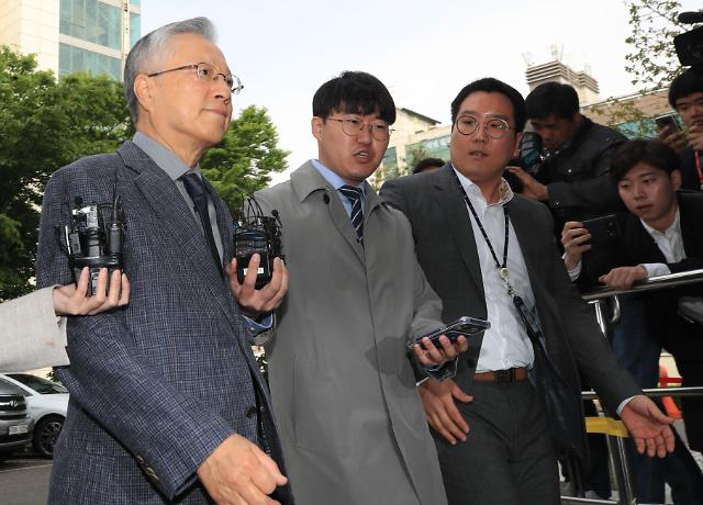 """KT 채용비리 이석채 전 회장에 징역 4년 구형... """"온 국민이 실망"""""""