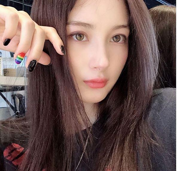 """[슬라이드 #SNS★] 안녕하세요 라나, 일상보니…""""얼굴부터 몸매까지 천사다"""""""