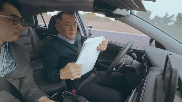 [포토] 정의선, 자율주행차 성능 점검