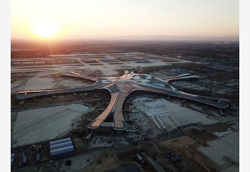 中 다싱국제공항 '5G 스마트 트래블' 구축 위해 뭉친 '빅3'