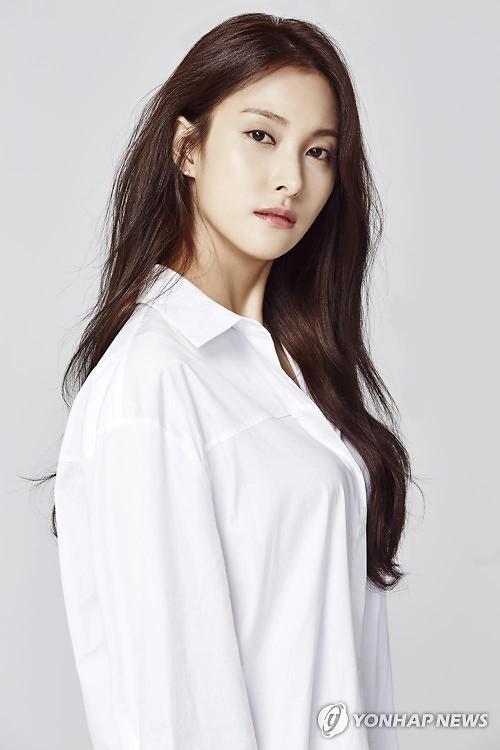 박규리 열애 상대 송자호 누구?... 7세 연하 미술 큐레이터