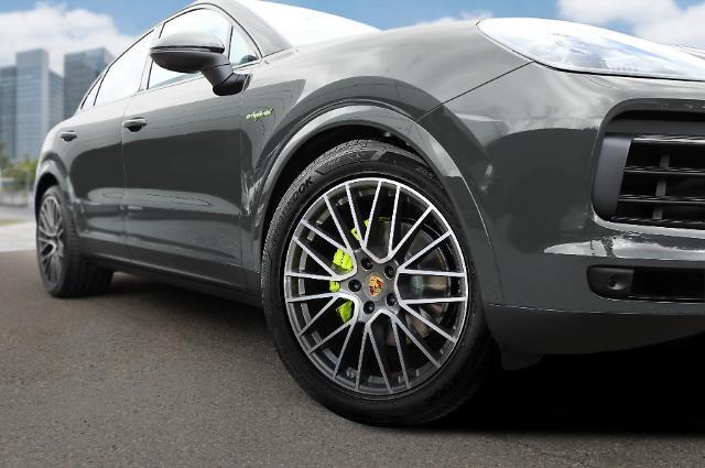 한국타이어, 포르쉐 카이엔에 초고성능 타이어 벤투스 S1 에보3 공급