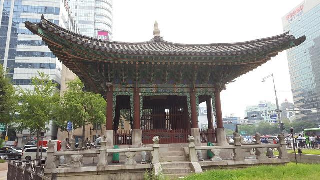 종로구, 광화문 집회 참가자 고발... 훼손된 역사 문화재 뭐길래?