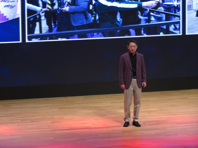 전자업계 점찍은 4차혁명 핵심 산업은…삼성 지능형반도체·LG 자율주행