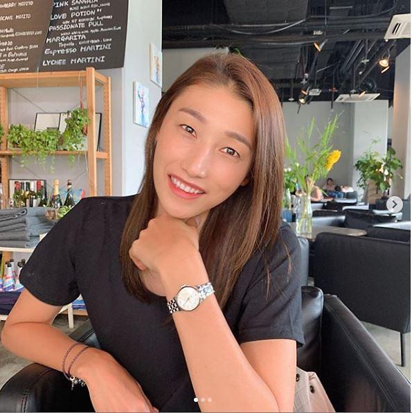 [슬라이드 #SNS★] 배구선수 김연경, 운동복 벗으니 사복여신