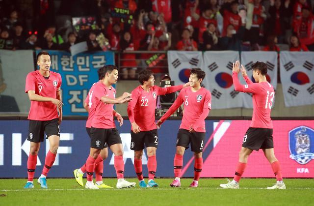 """대한민국vs북한 월드컵 2차 예선 생중계 될까?…통일부 """"북측 반응이…"""""""